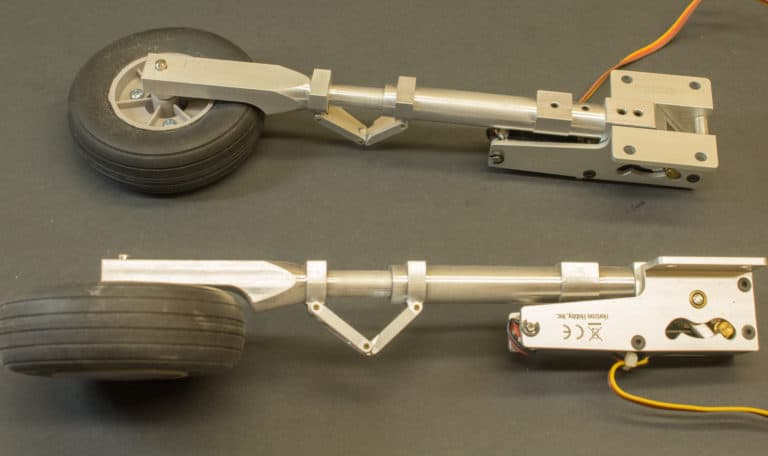 scale aircraft landing gear legs attached to retract units